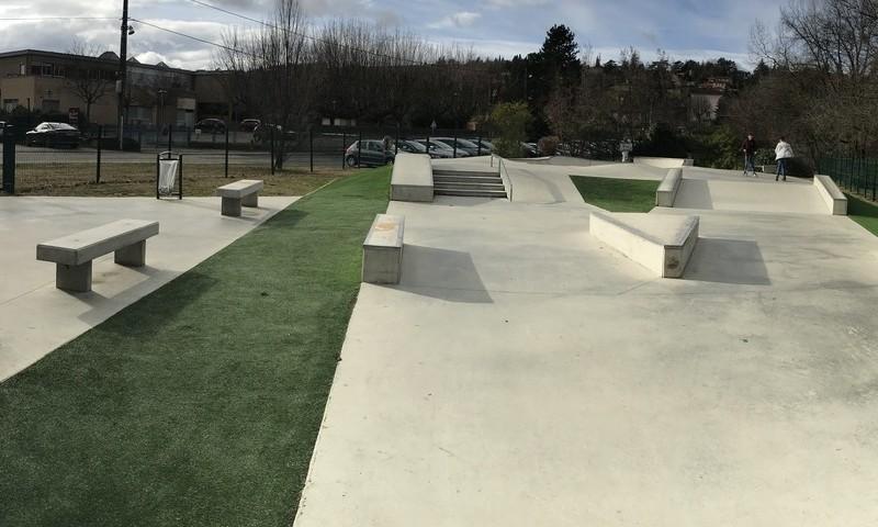 skatepark béton de la marque StoneParks